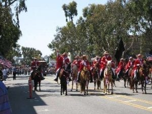 Southern California Peruvian Paso Horse Club Parade Team Working The Crowd