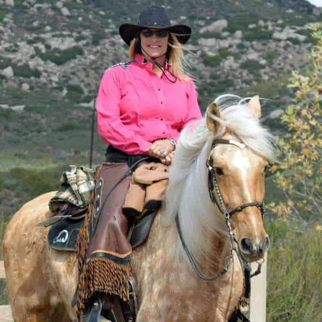 Jody Childs and Peruvian Horse RDS Me Llamo Altanero